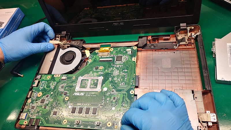 modernizacja laptopa asus