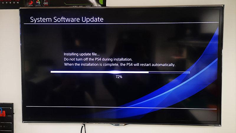 PS4 nie wciąga ani nie wysuwa płyt z napędu  (błąd SU-42118-6)